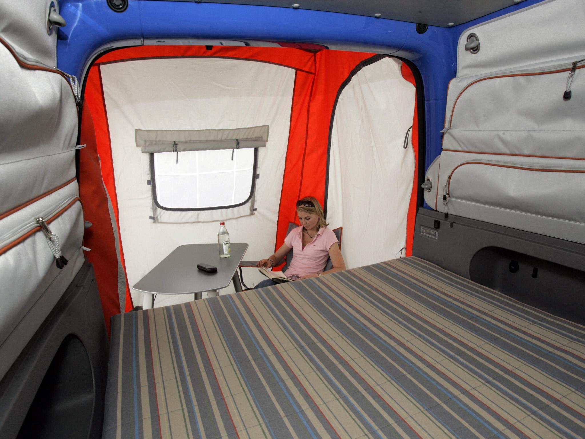 caddy tramper ma y podr nik. Black Bedroom Furniture Sets. Home Design Ideas